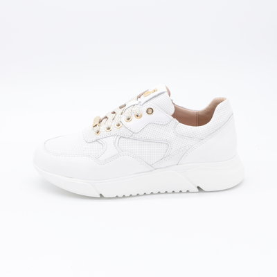 Footnotes Stacy Sneaker Wit Perfo