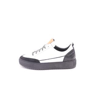 Footnotes Maud K lage sneaker wit-zwart